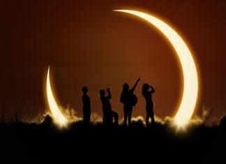 55081573 - solar eclipse